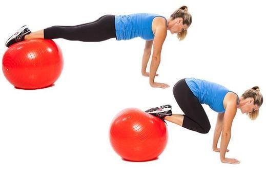 Knee Tuck Swissball Femme enceinte